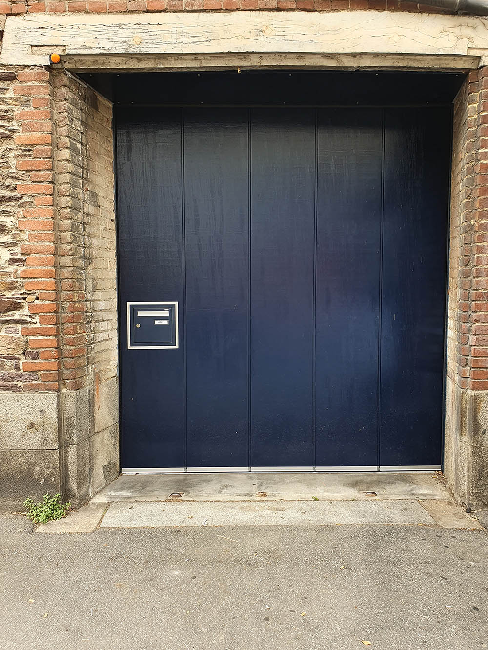 porte-de-garage-laterale-rennes